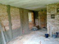 Rekonstukce-chalupy-domu-nahazovani-a-stukovani-zdi