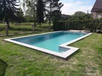 Stavba-bazenu-hotový-bazen-builting-swimming-pool